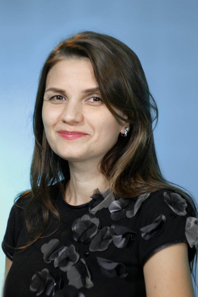Ольга Юріївна Сухомлин